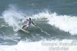 Surfista Gilmar Silva – Foto/Crédito: Renato Boulos