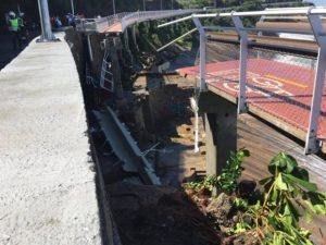 Desabamento de ciclovia na Zona Sul do Rio de Janeiro nesta quinta-feira (21/04) provoca a morte de 2 pessoas – Foto: Eric Poseidon/Salvamentos São Conrado – Cortesia