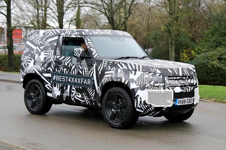 Novo Land Rover Defender manteve a opção curta de carroceria (Foto: Divulgação)