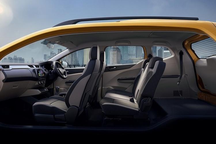 Interior tem mais de 100 configurações de assentos, segundo a Renault (Foto: Divulgação)