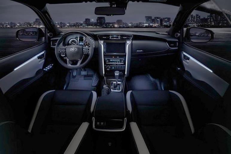 Interior tem novo multimídia, painel atualizado e itens de conforto inéditos. (Foto: Divulgação)