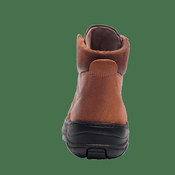 Bota-Trekking-artesanal-en-piel-de-vacuno-hidrofugada4