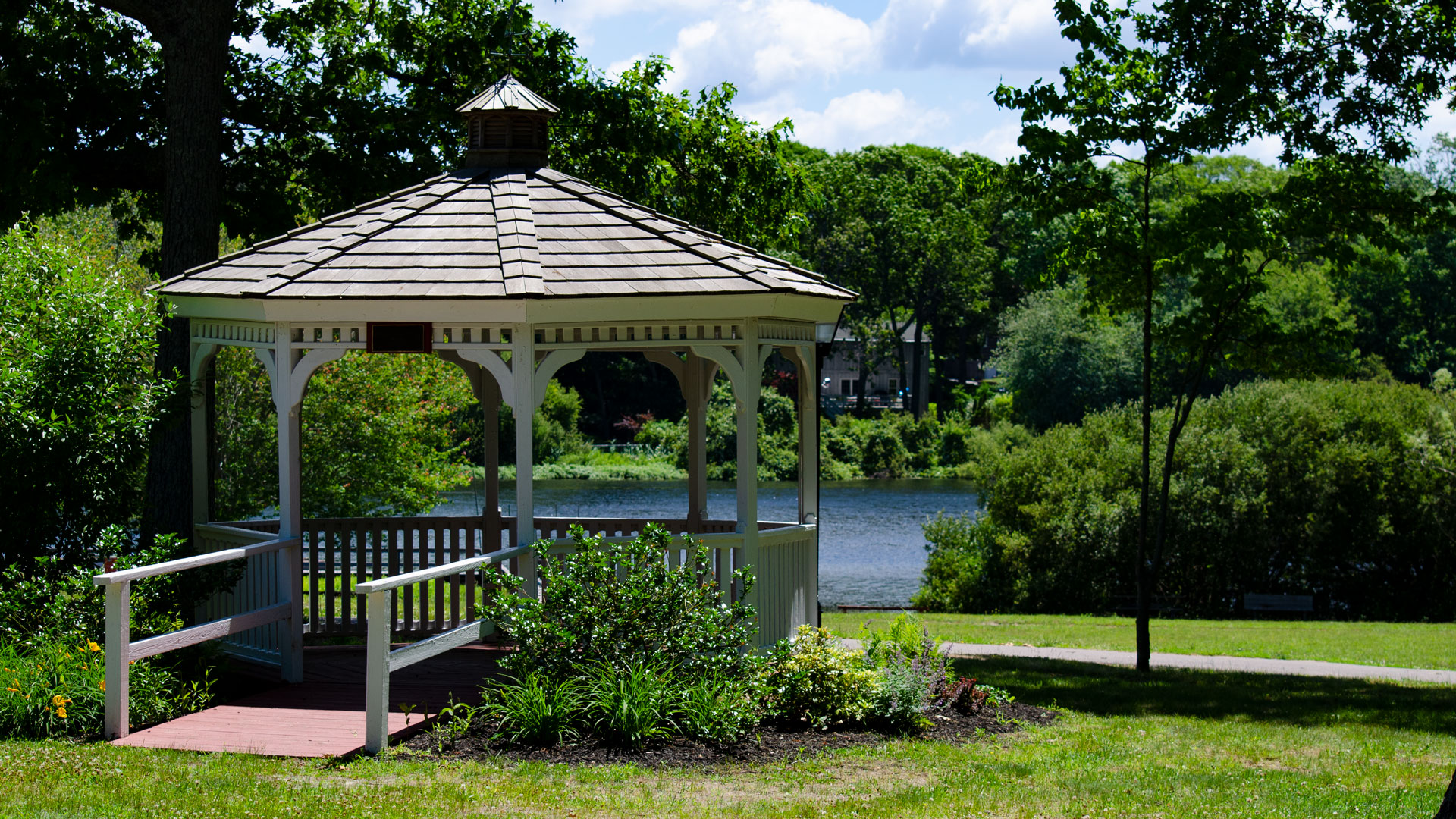 Camp Pa-Qua-Tuck gazebo
