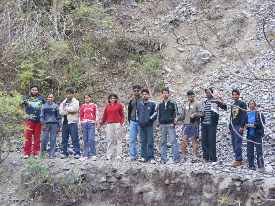 JNU river rafting trip, Rishikesh, CampRapidfire, Questrails, Vikas JNU river rafting, JNUMC group