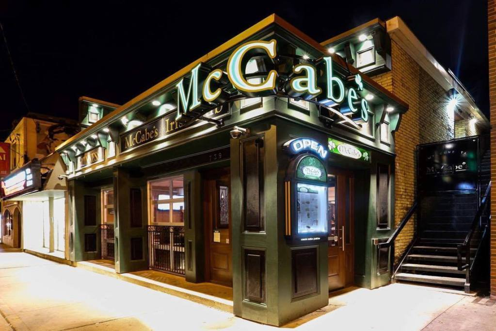 mccabes pub richmond row drink at western