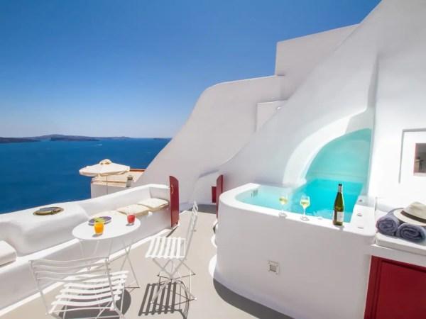 airbnb-greece-writing-retreat