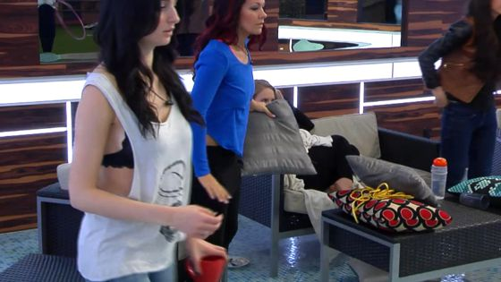 Jon Pardy dislocates his arm on Big Brother Canada