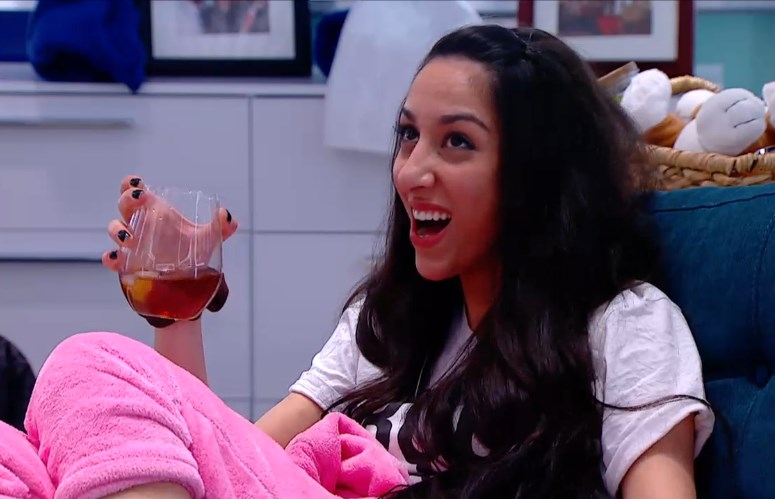 bbcan2-20140424-2239-neda-drink