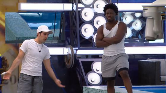 BBCAN3's Bruno & Godfrey discuss the broken camera