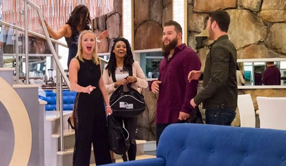 Big Brother Canada 4 HGs move in
