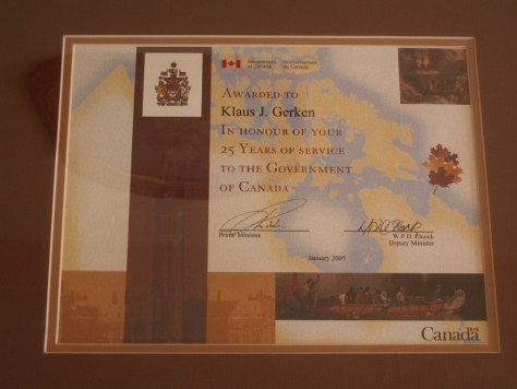 Photo of the Award to Klaus J. Gerken by the Government of Canada