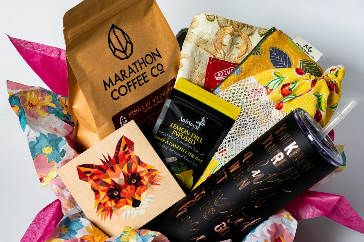Deluxe Spring Box by Canada in a Box 100% Canadian Subscription & Gift Boxes