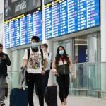 Canada gia hạn các biện pháp hạn chế nhập cảnh do số ca COVID-19 tăng