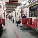 Ontario đề nghị khách đeo khẩu trang khi đi xe buýt, tàu điện ngầm