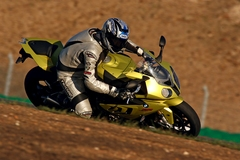 s1000rr_ride_rhs2.jpg