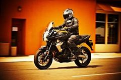 kle650versys_ride_rhs.jpg