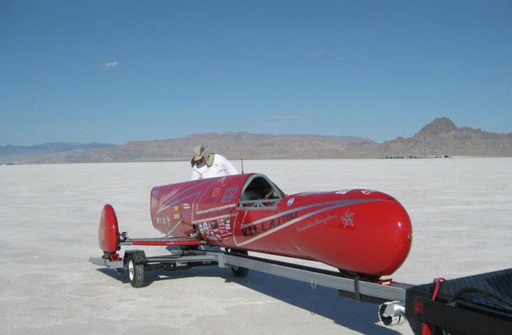 Electric hack almost beats sidecar top speed record