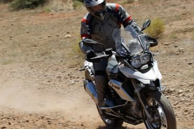 The R1200GS can still manage rough conditions with relative ease, as long as you don't try bouncing off berms or try landing doubles.
