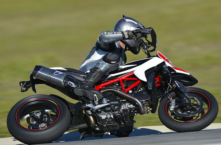 Launch: 2013 Ducati Hypermotard, Hypermotard SP