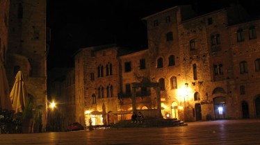 The lights of San Gimignano at the end of a long day. Photo: Paolo Perico