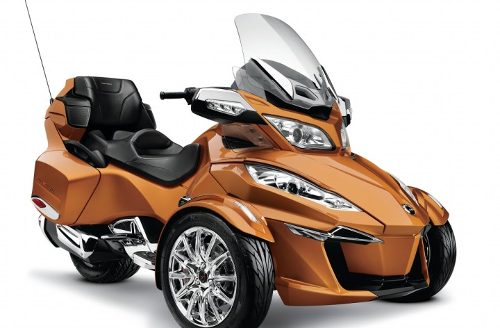 New triple powers Can-Am Spyder RT