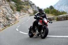 Words: Costa Mouzouris Photos: MV Agusta