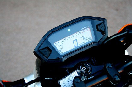 The Grom sports the same LCD dash that most modern budget Hondas have.