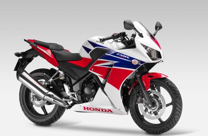 EICMA: Goodbye, Honda CBR250, hello CBR300