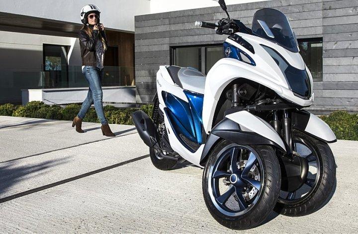EICMA: Super Ten, Tricity 3 wheeler and FZ-09 hooligan kit