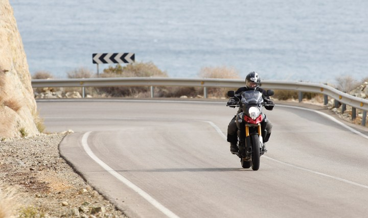 ABS is standard on the new Litre-Strom, and brakes are supersport-spec.