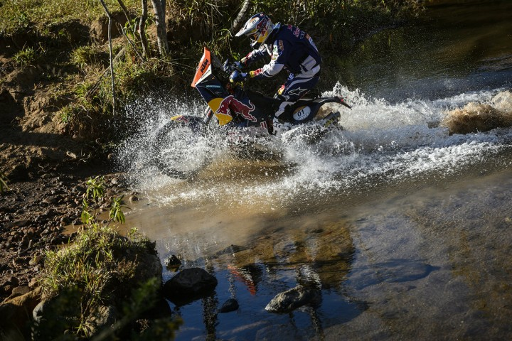 Marc Coma, seen racing here at the Rally des Sertoes, continues his consistent performance. Photo: KTM