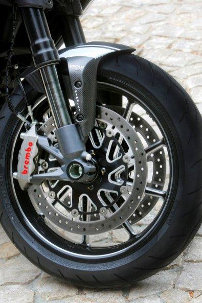 2014 Ducati Diavel 15