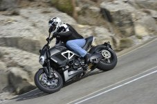 Riding position on the Diavel is relaxed, with your feet slightly forward.