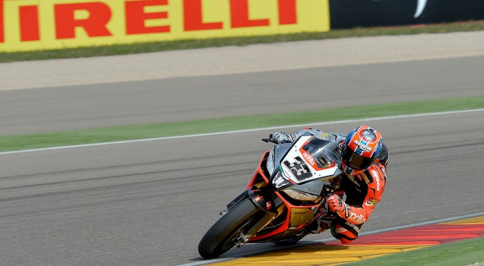 Marco Melandri almost took the second race away from Sykes, but an error meant the Kawasaki prevailed.