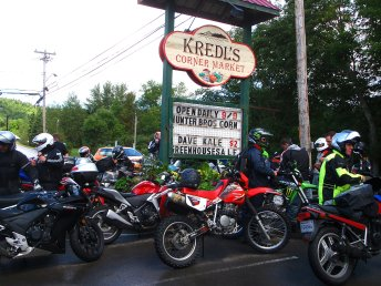 Kredl's is usually a cruiser hangout, but today, the small bikes took over. Photo: Frank Simon