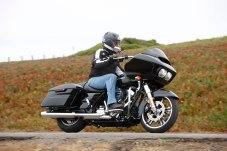 RoadGlide15_Costa_black_rhs