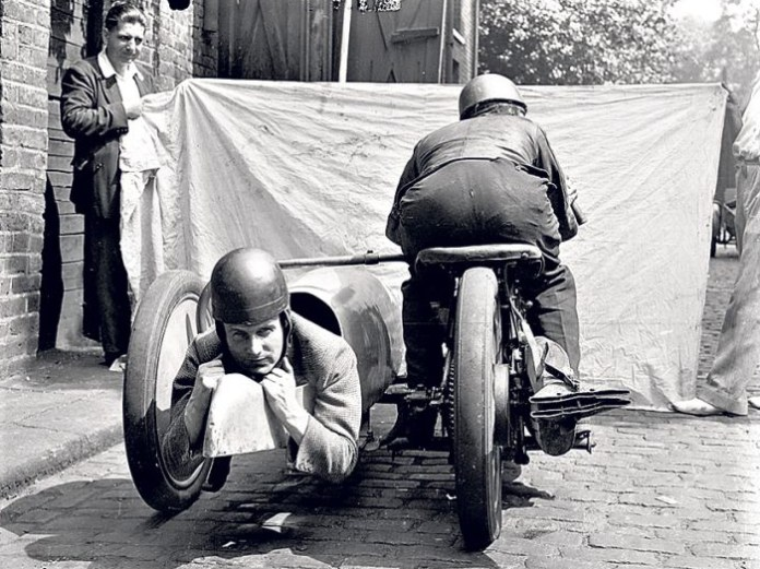 This invention (a rear-facing sidecar) really puzzles us, unless the point was to accomodate moto-photographers. Canadian shutter ace Bill Petro should invest in one - it would make it much easier to shoot motorcycle launches!
