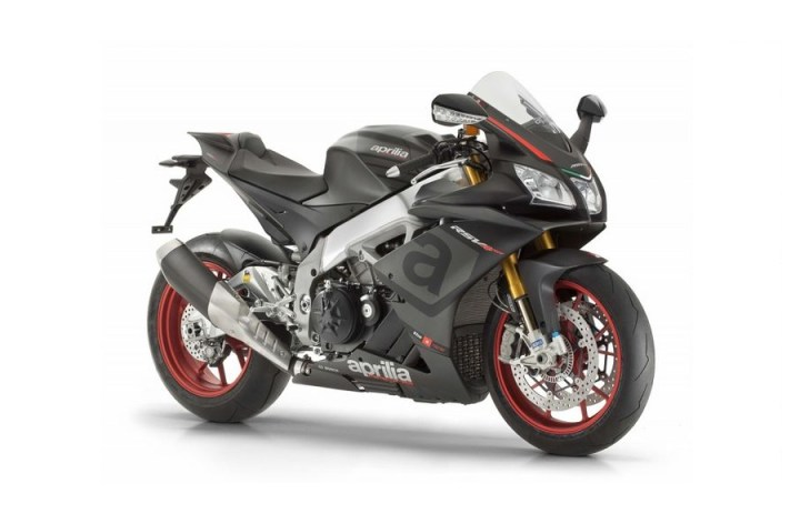 Aprilia RSV4 RR: More power, less weight