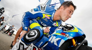 Randy De Puniet piloted Suzuki's comeback wildcard entry, but the bike retired early.