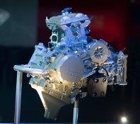 15-Ducati-1299Panigale_engine