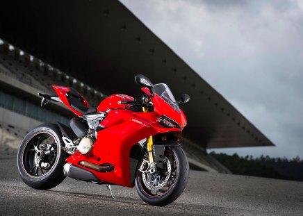 15-Ducati-1299Panigale_rhs