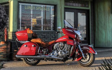 15-Indian-Roadmaster-Red-1