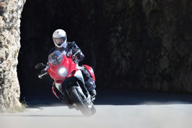 15-MVagusta-TourismoVeloce-costa-frt