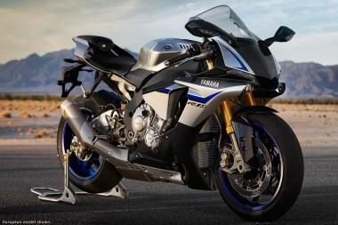 15_Yamaha_R1M-frs