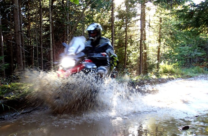 BMW R1200GS Long Termer IV – a day in the dirt