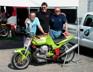 Rob with CMG faithful at one of the magazine's many track efforts back in the day.