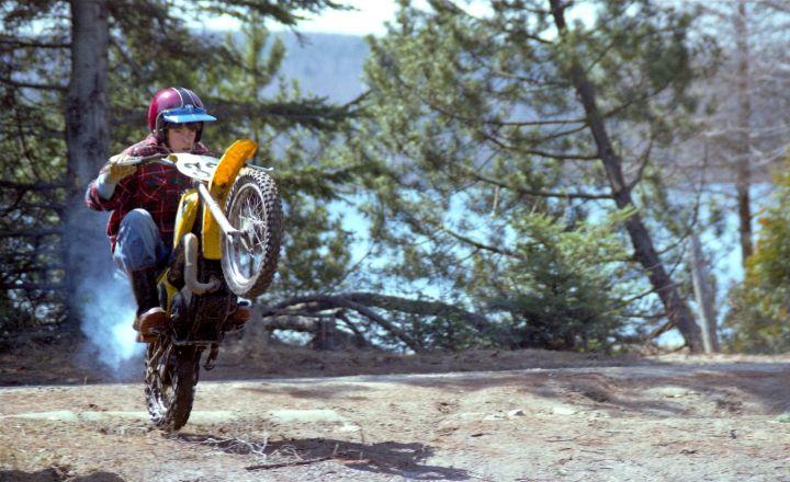 À 13 ans sur ma Yamaha YZ801978. Ça s'est pas arrêté là...