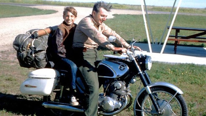 Robert Pirsig, author of Zen and the Art of Motorcycle Maintenance, dies