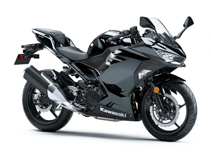 Kawasaki Ninja 400 is officially unveiled in Tokyo