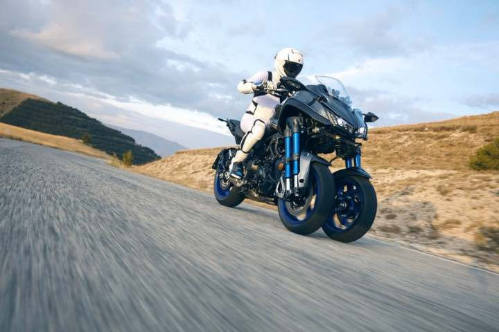 Photo Gallery: 40 pictures of the Yamaha Niken